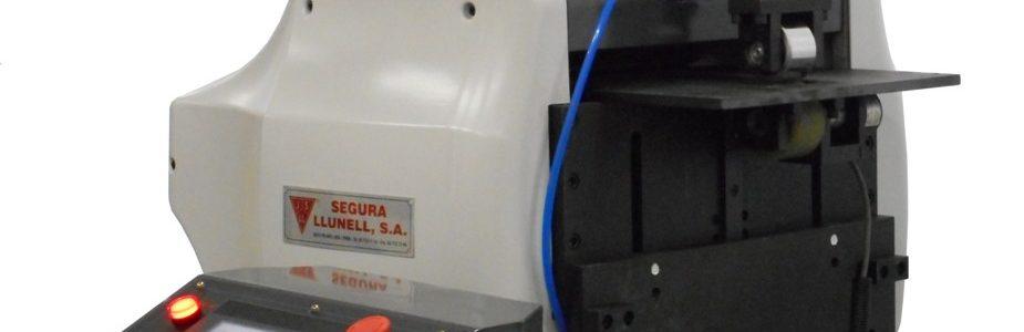 Alimentador de Fleje de Control Numerico CNC Modelo AE